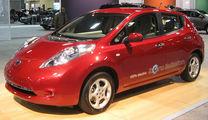 800px-2011_Nissan_Leaf_--_2011_DC 2